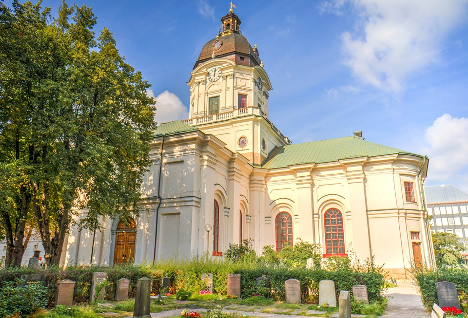 stockholm church-442332_960_720