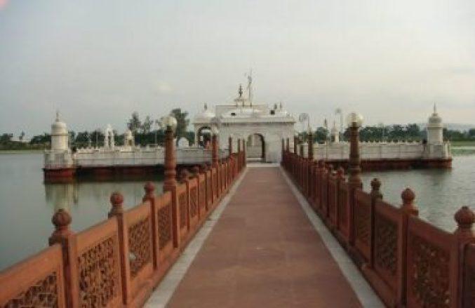 Pawapuri jal mandir